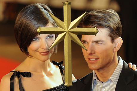Katie Holmes Cruise on Katie Holmes  Tom Cruise And The Scientology Cross  Images  Reuters
