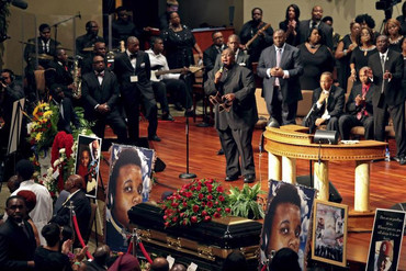 Musicians perform at Michael Brown's funeral (Reuters)